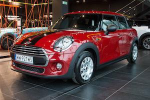 Wynajmij Samochód Mini One 5d -czerwony